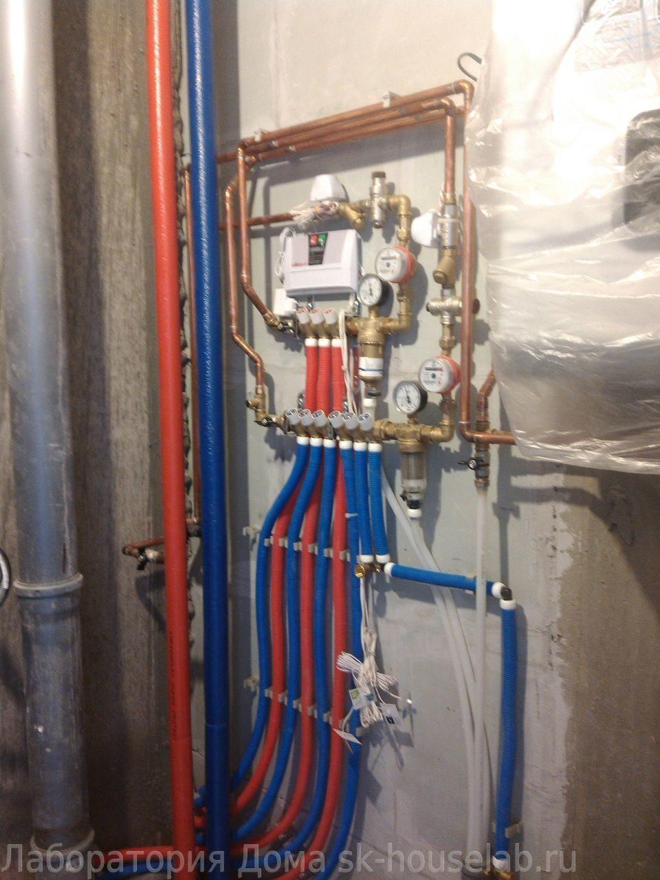 Монтаж труб водоснабжения из сшитого полиэтилена